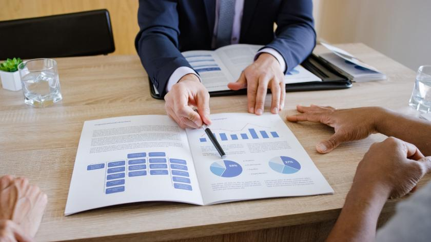 broker offering investment advice